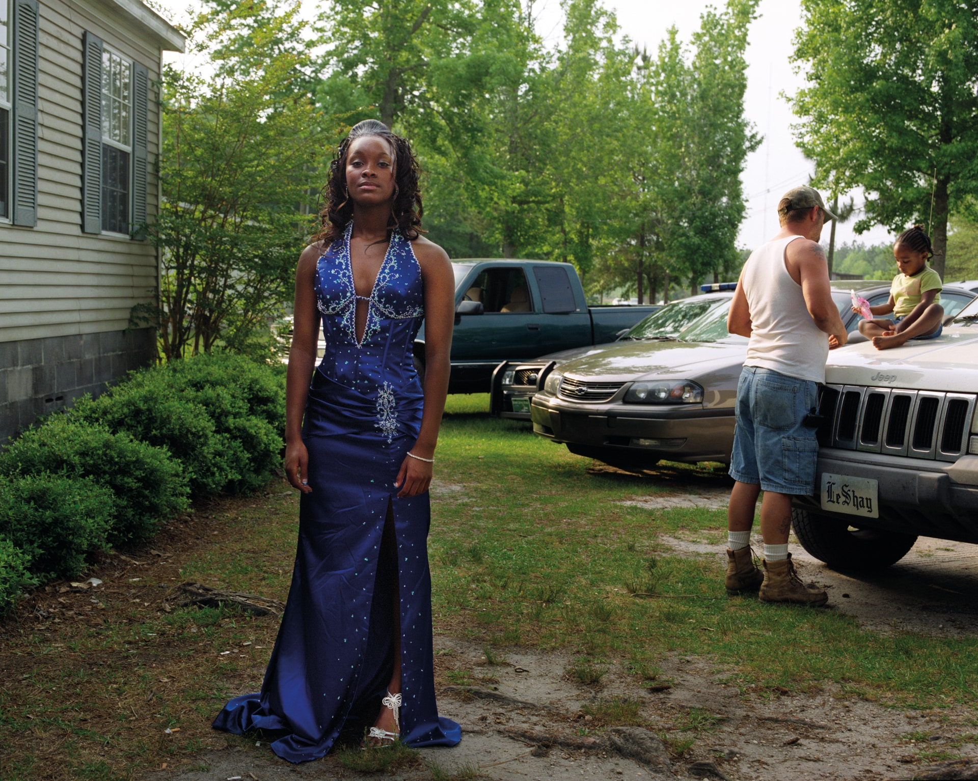 MOUNT VERNON, GEORGIA – MAY 2008: Keyke in her front yard befo