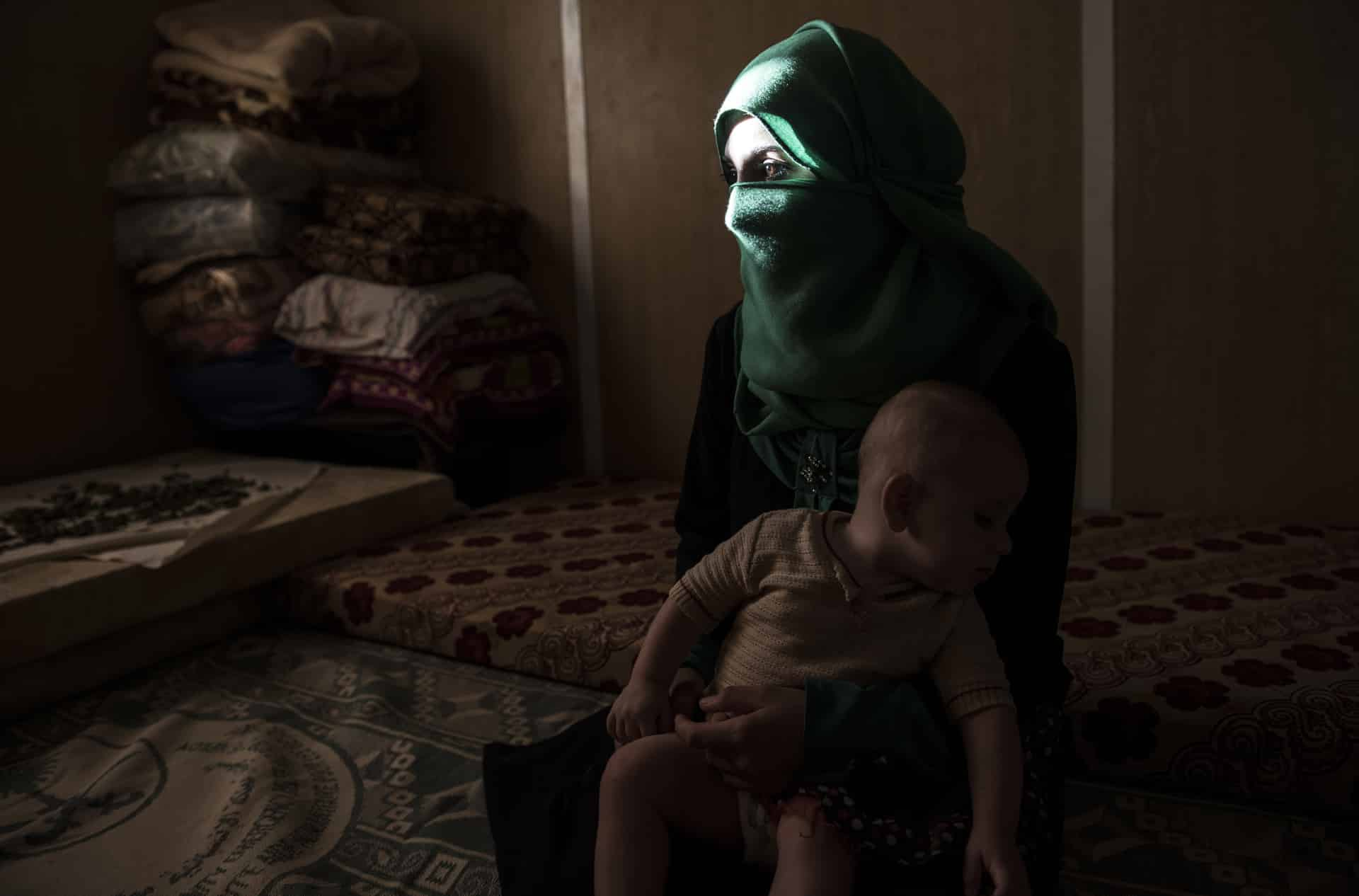 Syria refugees young brides